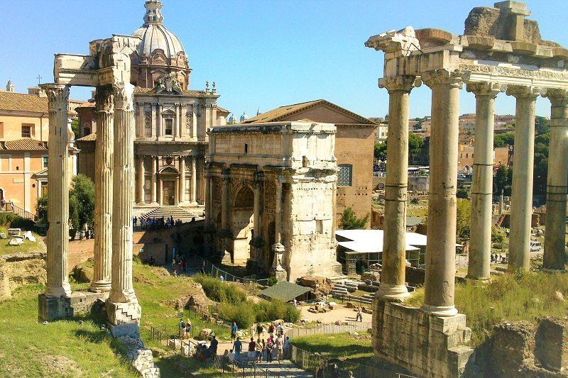 DETALLES DE ADJUNTOS Templo-de-Saturno-en-el-Foro-Romano